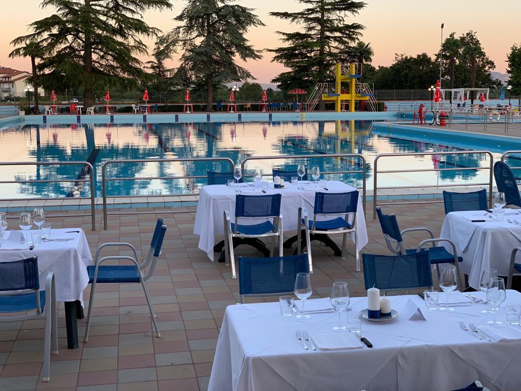 Cena-Sotto-Le-Stelle-8 Ristorante Le Piscine